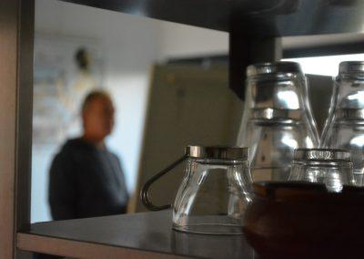 Instant café dans l'atelier